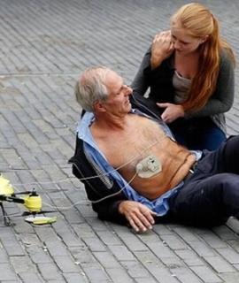 drone-ambulanza-defibrillatore
